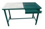 77156868 Stół spawalniczy (wymiary: 1500x700x900 mm)