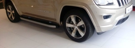 DOSTAWA GRATIS! 01655709 Stopnie boczne - Jeep Grand Cherokee WK2 2011- (długość: 171/182 cm)
