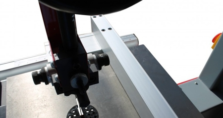 DOSTAWA GRATIS! 44349939 Piła taśmowa Holzmann 230V (wymiary obrabianego przedmiotu: 380/220 mm, wymiary blatu: 500x400 mm)