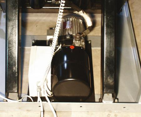 Stół podnośny elektryczny (wymiary platformy: 820x1300mm, udźwig: 1000 kg, wysokość podnoszenia min/max: 205-990 mm) 3109769