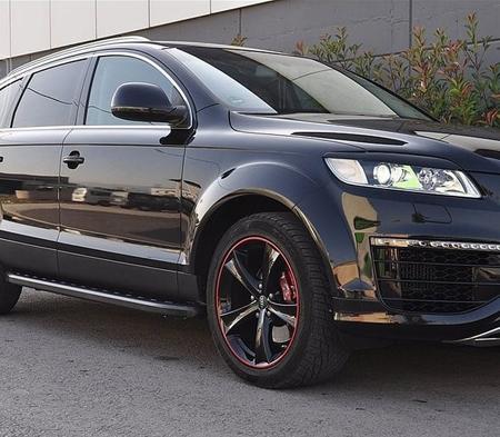 Stopnie boczne, czarne - Audi Q7 2006-2014 (długość: 205-210 cm) 01655884